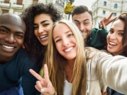 multiracial-group-young-people-taking-selfie_1139-1032